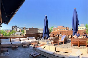 Qlounge roof terrace